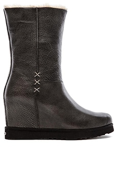 Koolaburra La Cienega Delux Boot in Black