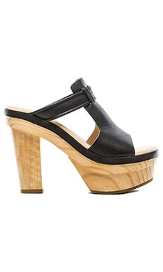 Koolaburra Wren Heel in Black