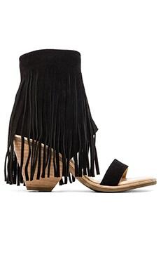 Koolaburra Piaz II Sandal in Black
