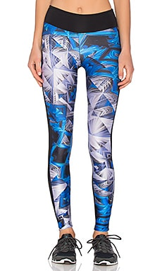 koral activewear Emulate Legging in Prism & Black