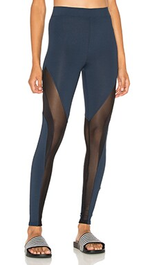 koral activewear Frame Legging en Midnight Blue & Black