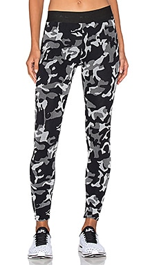 Knockout Cropped Legging