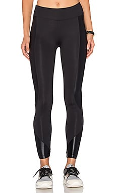 Curve Crop Legging