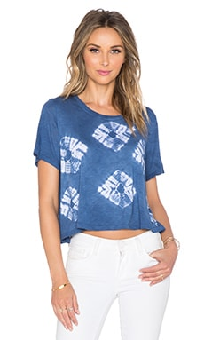 LACAUSA Sport Tee in Skipping Stones Astral Blue