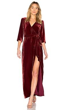Фото - Макси платье rosalind - L'AGENCE красного цвета