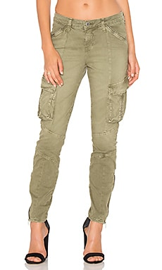 L'AGENCE Montgomery Skinny Cargo Pant in Brigade
