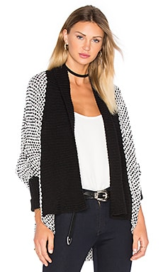 Joshua Cardigan en Black & White