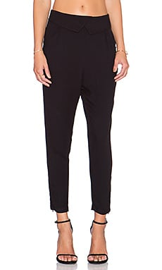 Tapered Trouser in Black