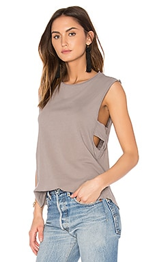 Venice Muscle Tank in Peppercorn