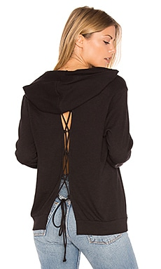 Lace-Up Back Hoodie en Negro