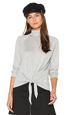 Front Tie Turtleneck Top en Heather