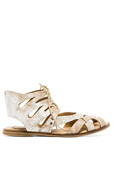 Latigo Barista Sandal in White