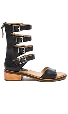 Latigo Haiku Sandal in Black