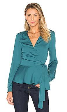 The Long Sleeve Wrap Blouse en Émeraude