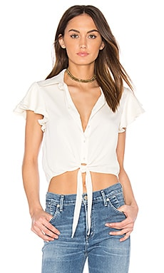 x REVOLVE The Ruffle Sleeve Shirt en Ivoire