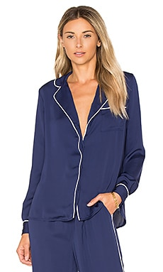 The Lounge Shirt in Navy & Ivory