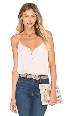 The Button Cami Blouse en Blush