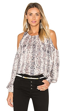 The Shoulder Blouse en Snake