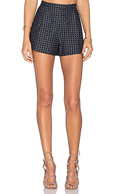Line & Dot Promenade Short in Navy