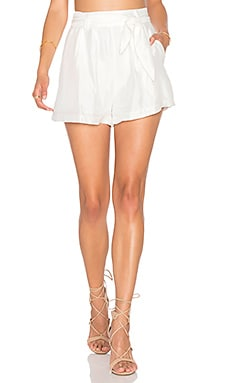 Line & Dot Beaux Tie Short in White