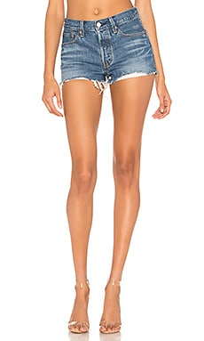 SHORT EN JEAN 501 SHORT LEVI'S $70 BEST SELLER
