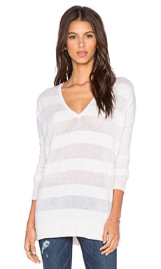 LEO & SAGE Sheer Stripe V Neck Sweater in Snow