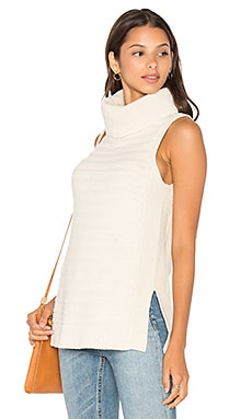 LEO & SAGE Sleeveless Turtleneck Sweater in Antique White
