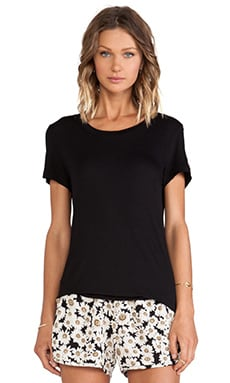Lisakai Crew Neck Tee in Black