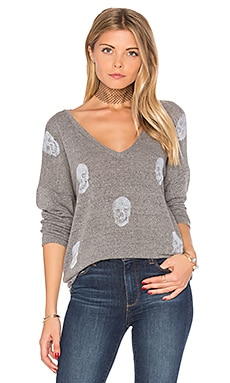 Nat V-Neck Pullover in Heather Grey