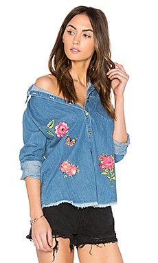 Sloane Button Up Denim Shirt en Classic Wash