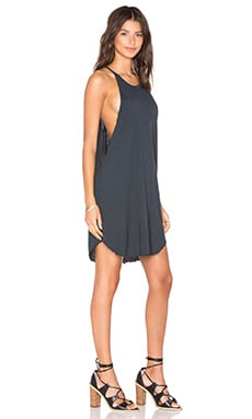 Bib Tank Mini Dress en Noir Délavé