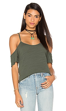 Off The Shoulder Tee in Nickel