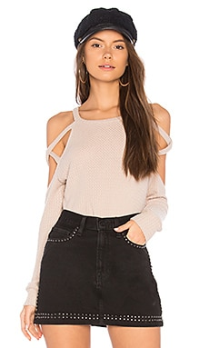 Stappy Shoulder Top