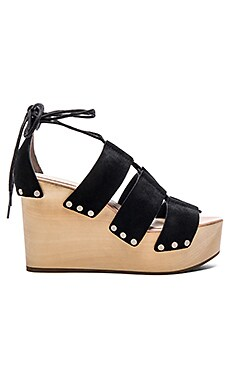 Ines Heel in Black