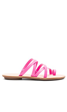 Sarie Sandal in Bright Fuchsia