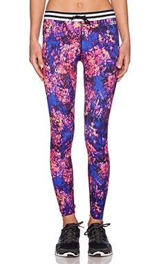 Lorna Jane Bold Blooms Legging in Bold Blooms