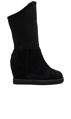 Cosy Tall Wedge Shearling Boot in Black