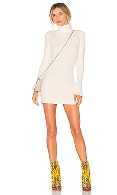 ROBE SWEAT COURTE UNSTOPPABLE Lovers + Friends $168