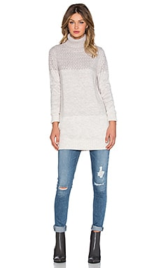 x REVOLVE Jane Turtleneck Sweater en Blanco Marfil