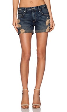 Lovers + Friends Dylan Boyfriend Short in Fair Oaks