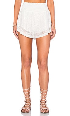 Summer Of Love Short in Cream