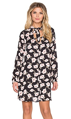 Long Sleeve Floral Tie Shift Dress in Black & Mauve Floral