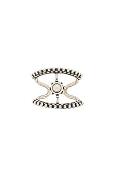 The Versailles T Bar Ring en Silver Ox
