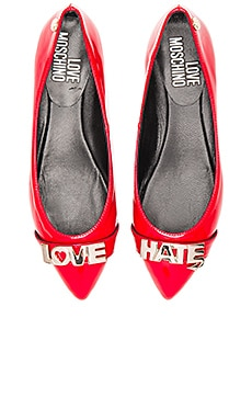 Love Hate Flat in Red