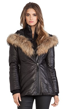 Ingrid Jacket with Natural Asiatic Raccoon Fur en Noir