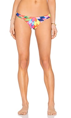 Low Rise Bikini Bottom en Fractals Red