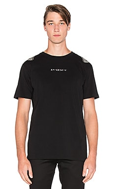 Marcelo Burlon Calel Tee in Black White