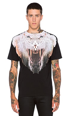 Marcelo Burlon Sarmiento Tee in Black