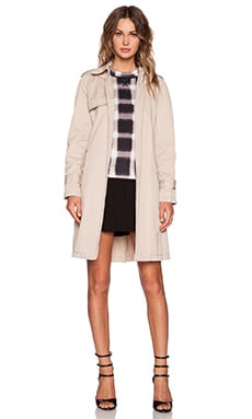 Marc by Marc Jacobs Classic Trench Coat in New Beige