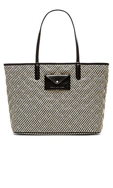 Marc by Marc Jacobs Metropolitote Straw 48 Tote in Black